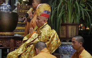 Vietnam-2010-2-Hue