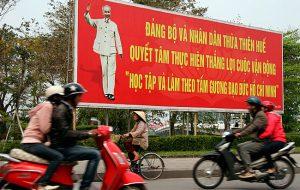 Vietnam-2010-3-Hue