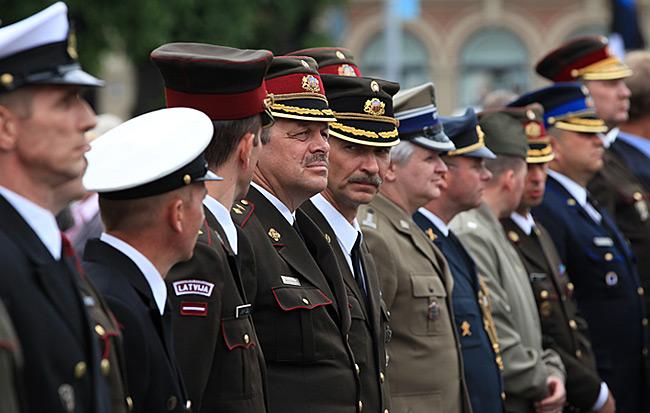 Riga – Gedenktag | Militär